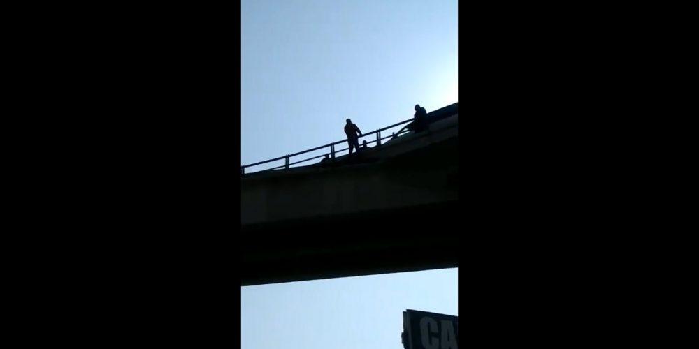 Hombre reta a sujeto a suicidarse