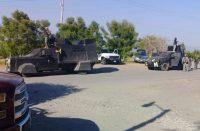 Circula convoy de Cárteles Unidos en carretera Apatzingán.-Aguililla