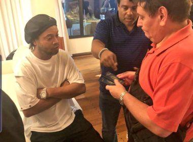 Ronaldinho es detenido en Paraguay