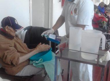 Refuerza DIF Morelia medidas de sanidad en asilo