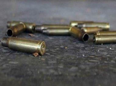 enfrentan policías civiles armados