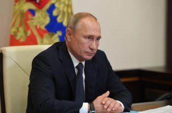 Anuncia Rusia contar con primera vacuna contra Covid-19