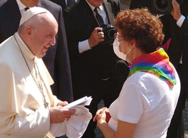 Emite el papa Francisco mensaje a padres de hijos LGBT