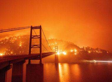 Suman al menos 6 muertos por incendios en California