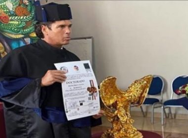 Palazuelos recibió Honoris Causa