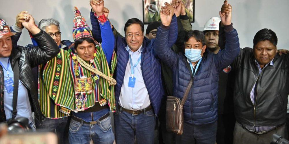 Reconoce Carlos Mesa triunfo de Arce en Bolivia