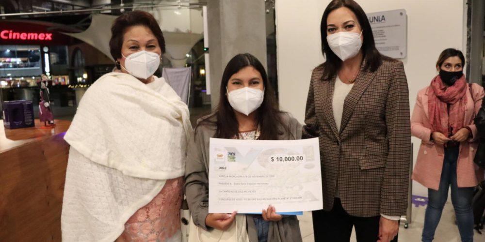 jóvenes UNLA ganadores salvar planeta