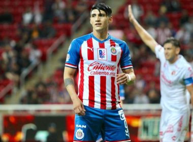 Mete Alan Pulido controversia contra Chivas
