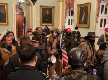 Simpatizantes de Trump toman Capitolio