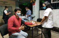 Vacunan a docentes de Campeche contra Covid