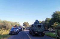 Pobladores de Aguililla denuncian agresión de militares