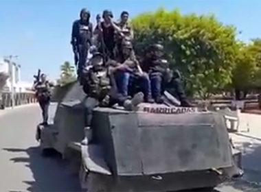 CJNG se pasea con vehículo blindado