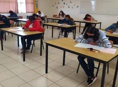 reducción de matrícula en Normales de Michoacán