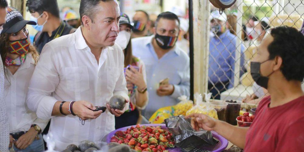 Consumir local Carlos Herrera