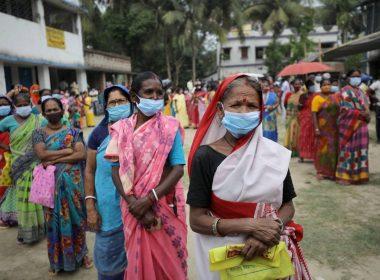 India registra más de 349 mil nuevos contagios de Covid en un día