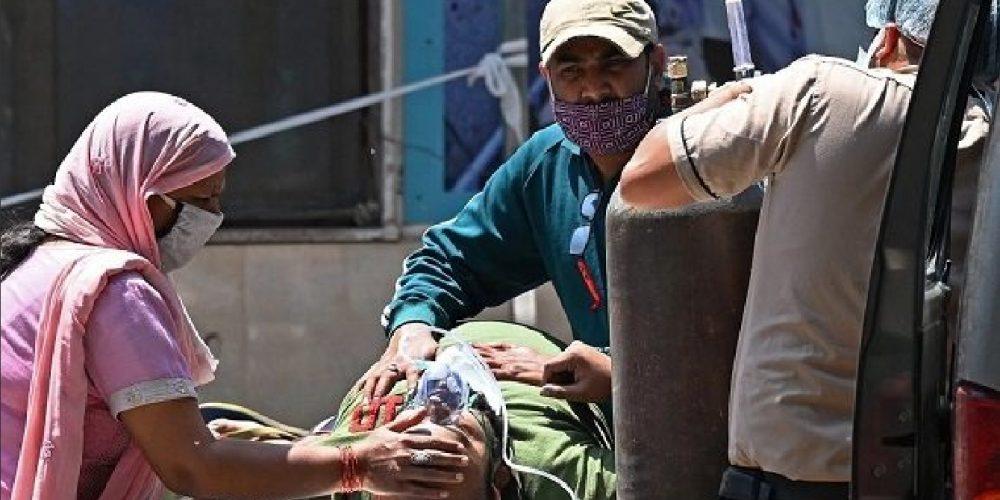 Llegan primeras ayudas internacionales a India