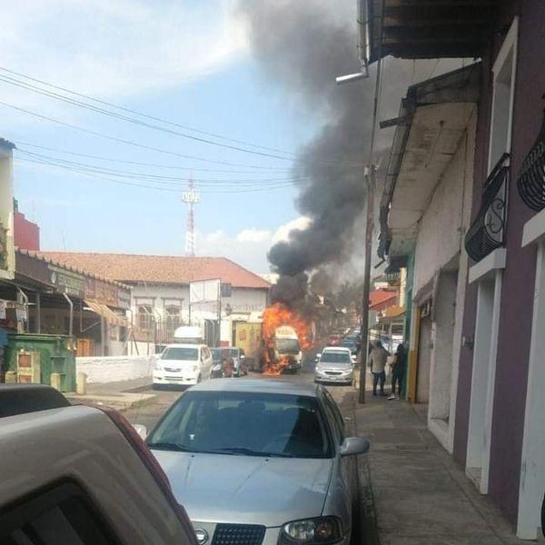 mayo Michoacán descuartizados narcobloqueos