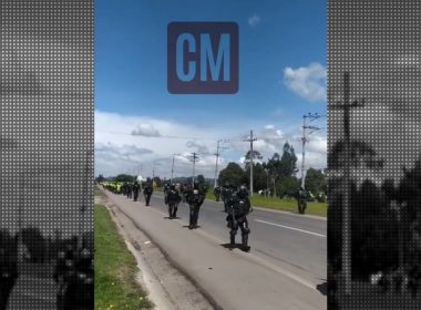 Policía de Colombia fuego indígenas