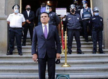 Acude Silvano a Suprema Corte a denunciar narcoelección