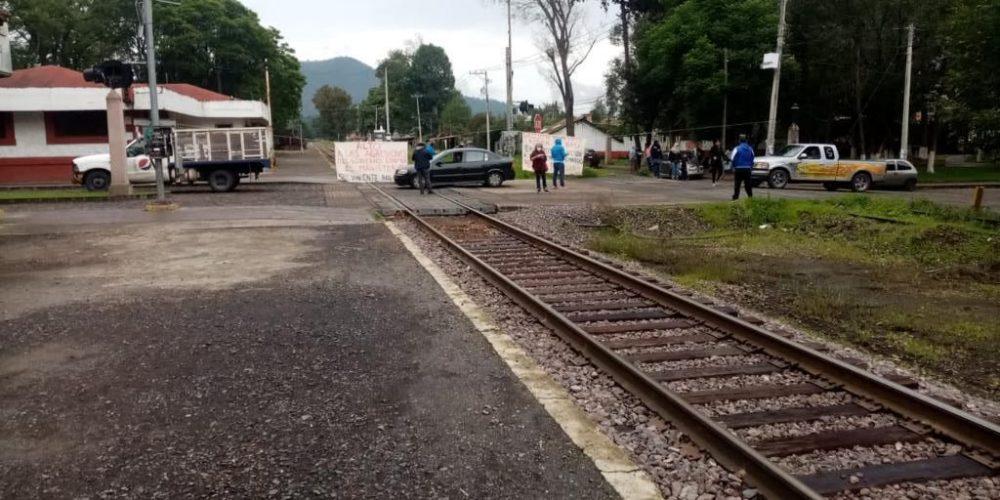 "CNTE ""libera"" caseta de Zinapécuaro; exigen pago oportuno"