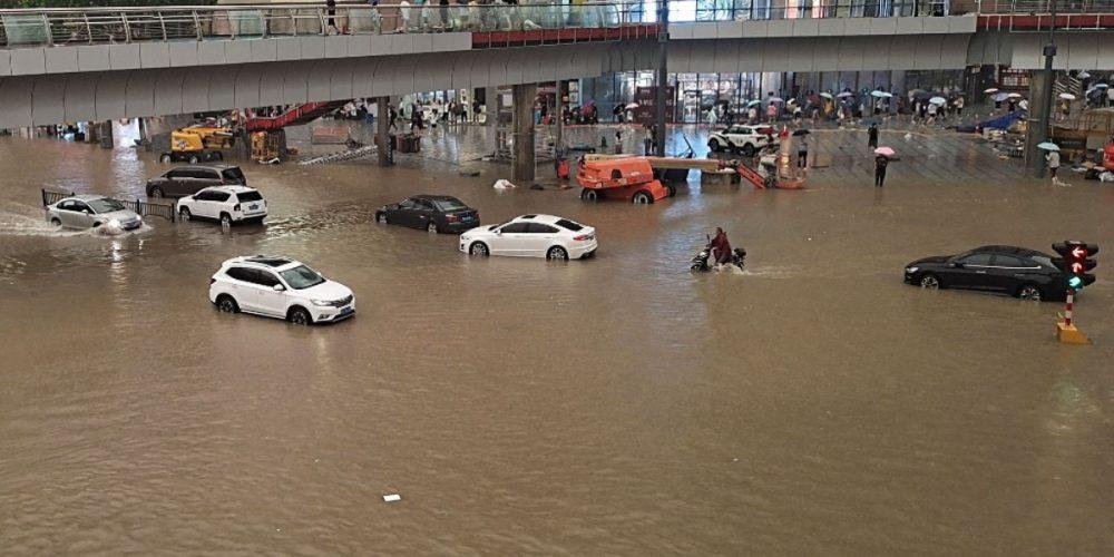 Inundaciones en China deja al menos 12 muertos