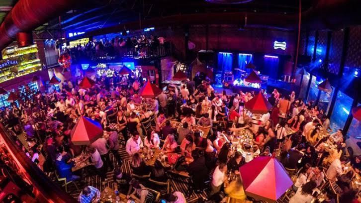 Antros y bares de Morelia operarán en horario normal toda la semana