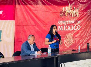 Brenda Fraga se reúne con migrantes