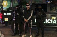 Detienen a presuntos implicados en balacera en AICM