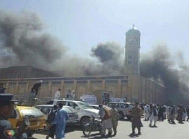 Explosión en mezquita deja al menos 50 muertos en Afganistán