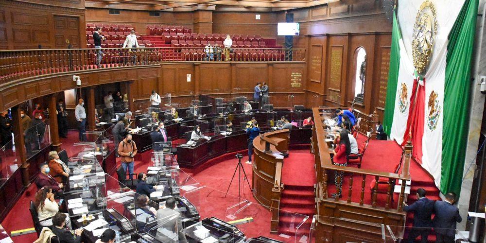 PRI y PT pretenden encabezar comisiones determinantes en el Congreso de Michoacán