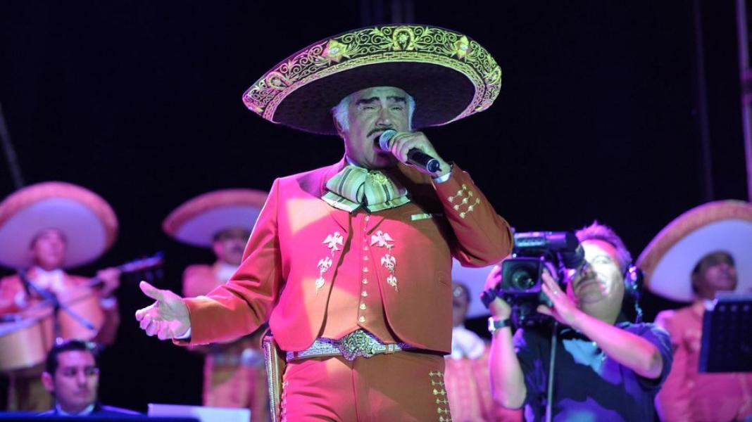 Vicente Fernández rechaza órgano por no saber si es de un homosexual o drogadicto