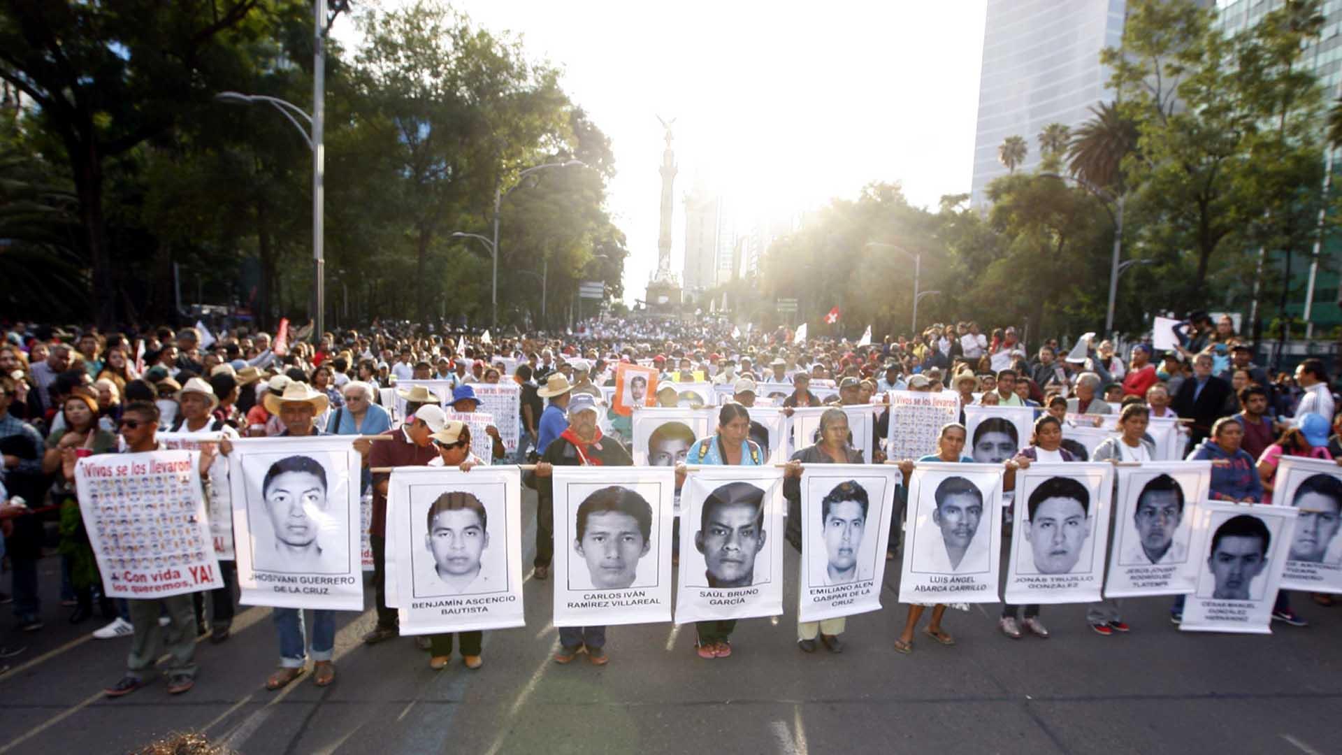 Presentarían en febrero avances de investigación por caso Ayotzinapa