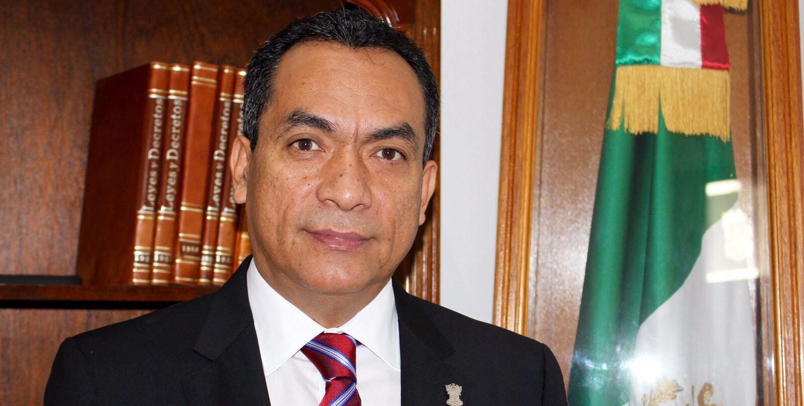 Buscará Adrián López Solís fiscalía de Michoacán