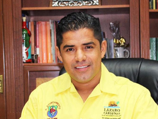 Liberan a exalcalde de Lázaro Cárdenas acusado de delincuencia organizada