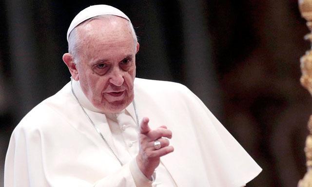 Quien rechaza a homosexuales no tiene corazón: Papa Francisco